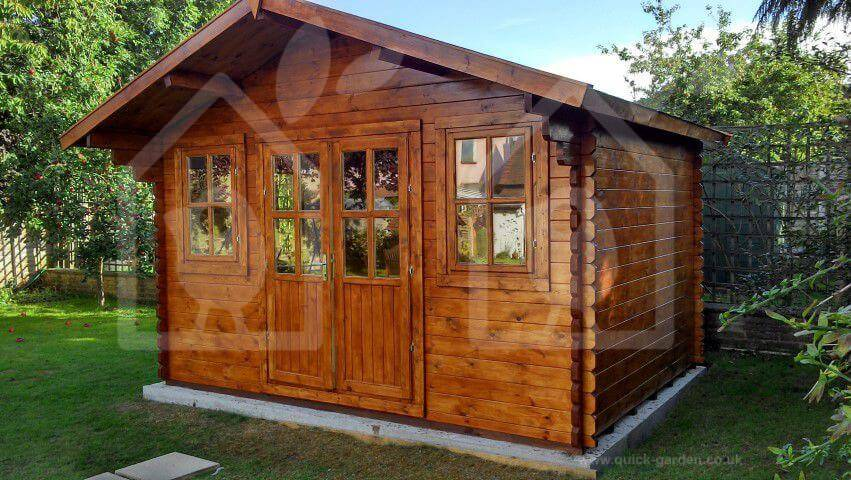 living-in-a-log-cabin02051 (1)