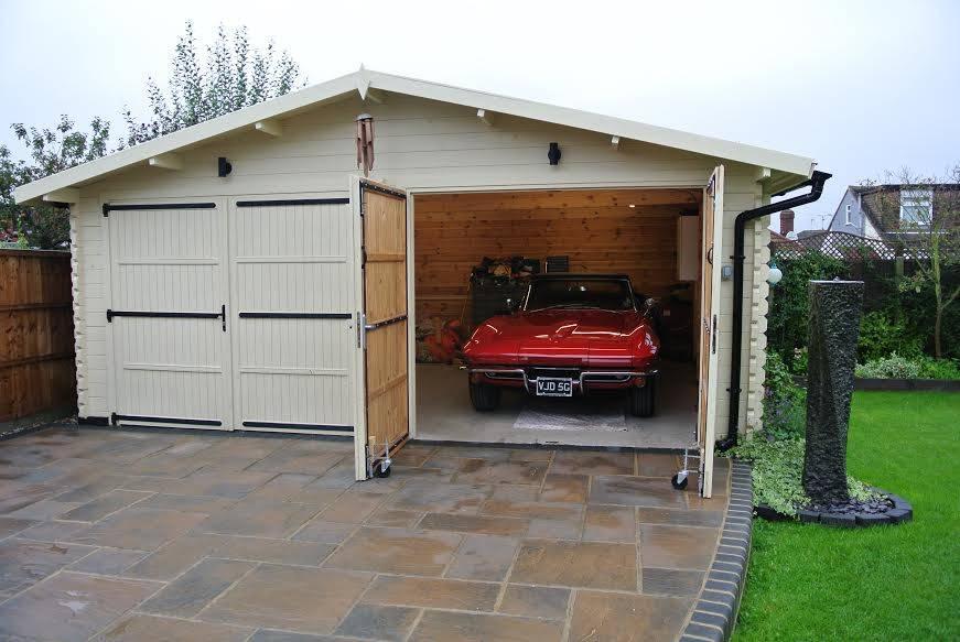 William's Wooden Garage (Essex) | Quick-garden.co.uk