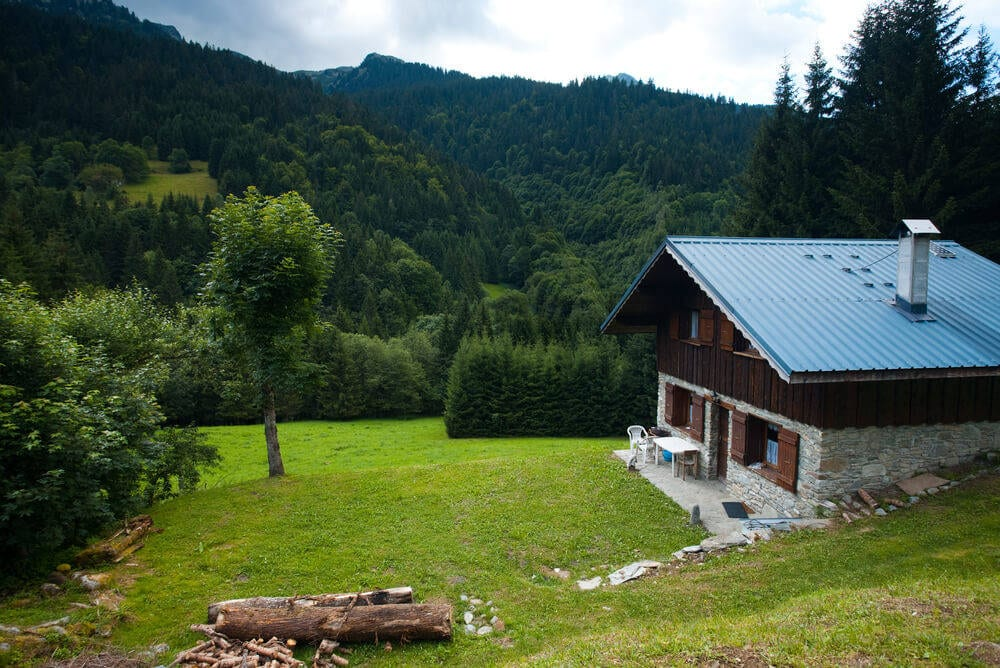 environment-friendly-log-cabin