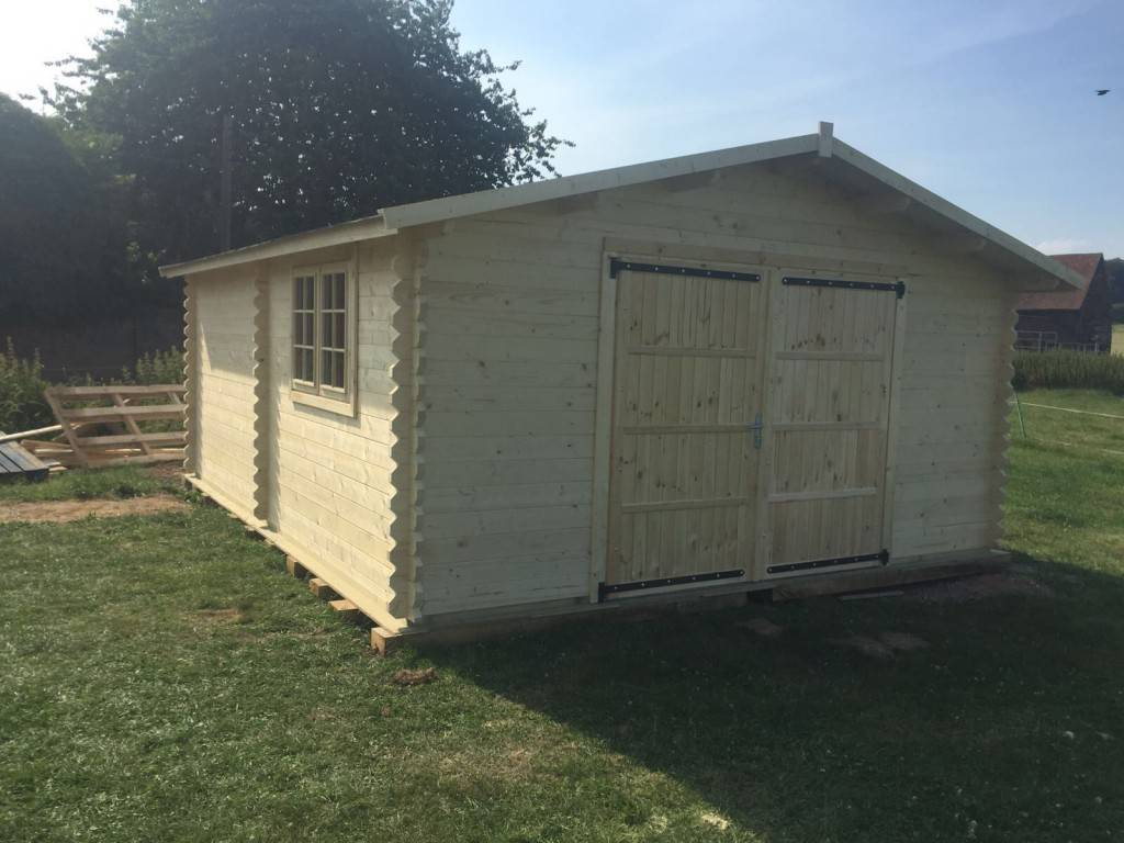 Sally's wooden garage